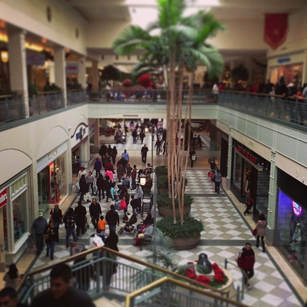 Photo taken at Hillsdale Shopping Center by Tim O. on 12/23/2012
