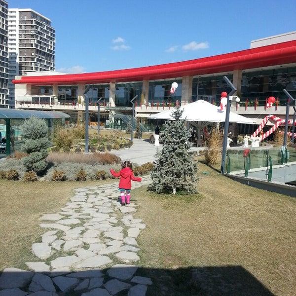 3/2/2013 tarihinde MURAT B.ziyaretçi tarafından Atlantis Alışveriş ve Eğlence Merkezi'de çekilen fotoğraf