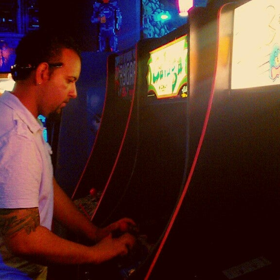 Photo taken at Player 1 Video Game Bar by Heather W. on 9/6/2013