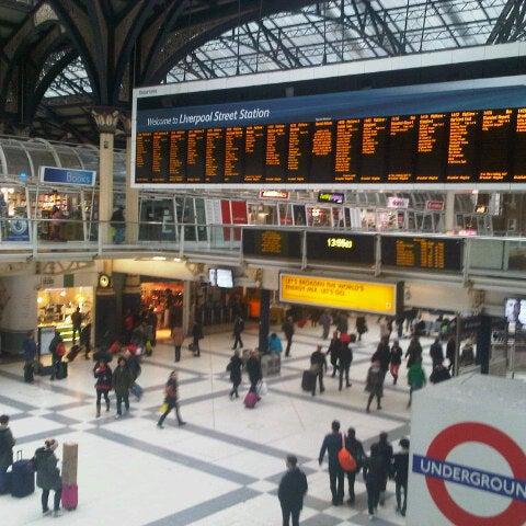 Photo taken at London Liverpool Street Railway Station (LST) by Antonio on 1/6/2013