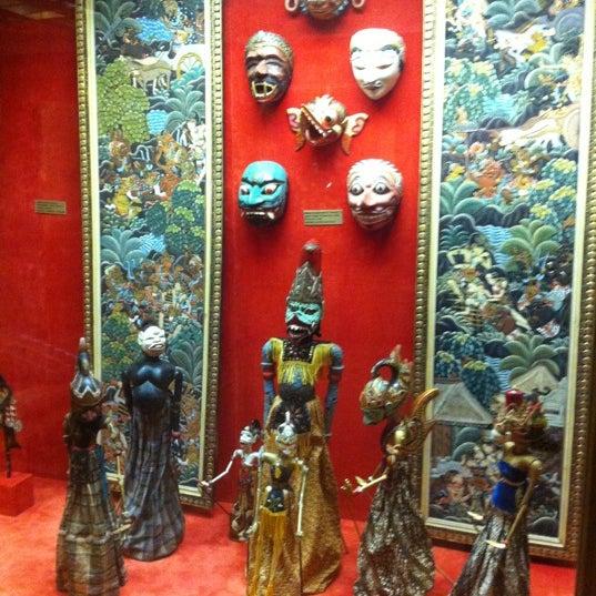 10/10/2012에 Таисия님이 The State Museum of Oriental Art에서 찍은 사진