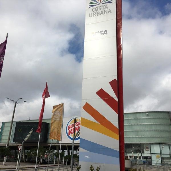 รูปภาพถ่ายที่ Costa Urbana Shopping โดย Diego E. เมื่อ 1/9/2016