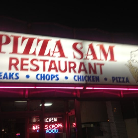 Photo taken at Pizza Sam's by Brittney H. on 10/12/2012
