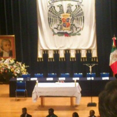 Foto tomada en Universidad La Salle por Stephie V. el 1/22/2013