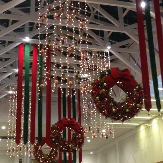 Foto tirada no(a) Shopping Neumarkt por Camila em 11/22/2012