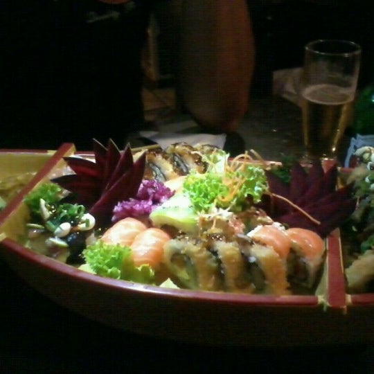 Foto tirada no(a) Hachi Japonese Food por Nathy V. em 11/18/2012
