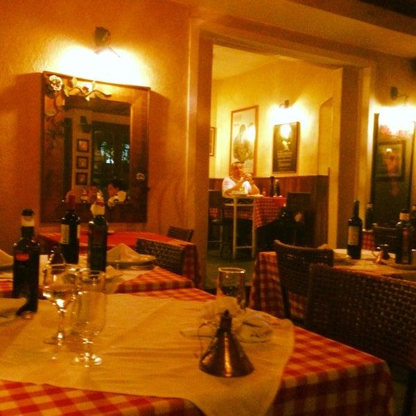 Foto tirada no(a) Di Andrea Gourmet Pizza & Pasta por Luana em 11/10/2013