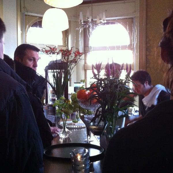 Das Foto wurde bei Café Maingold von Stephanie F. am 2/10/2013 aufgenommen