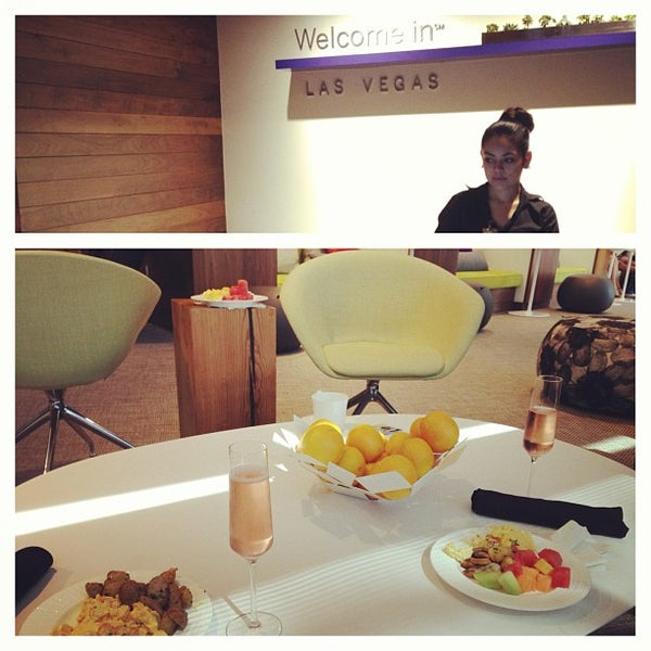 Photo taken at The Centurion Lounge Las Vegas by Miranee on 8/18/2013