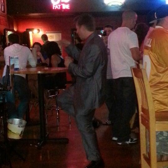 Photo taken at Boardwalk Billy's Raw Bar & Ribs by Ellis Heating a. on 9/23/2012