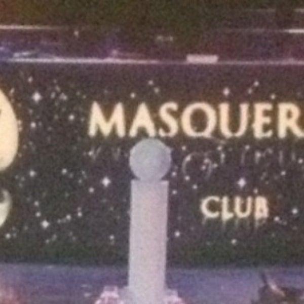 4/20/2013 tarihinde Ufuk G.ziyaretçi tarafından Masquerade Club'de çekilen fotoğraf