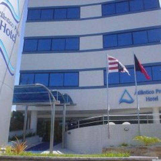 Muito bom hotel e a localização é excelente!!!!!! Vale a pena vir conferir!!!!!