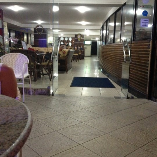 Foto tirada no(a) Atlântico Praia Hotel por Ziziprof em 12/8/2012
