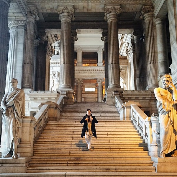 Photo taken at Justitiepaleis / Palais de Justice by Bjim on 5/9/2015