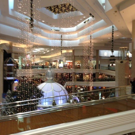 Photo taken at Woodfield Mall by Craig on 11/20/2012