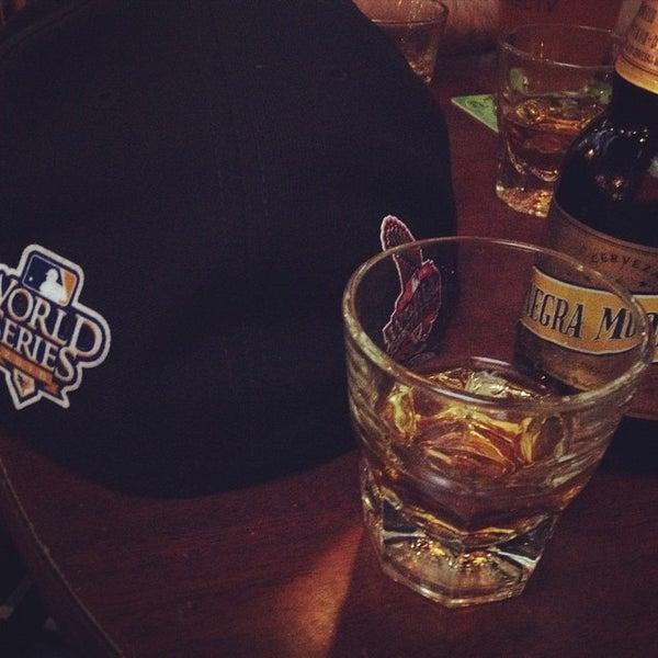 Photo taken at Blarney Stone Bar & Restaurant by Yonder B. on 10/26/2014