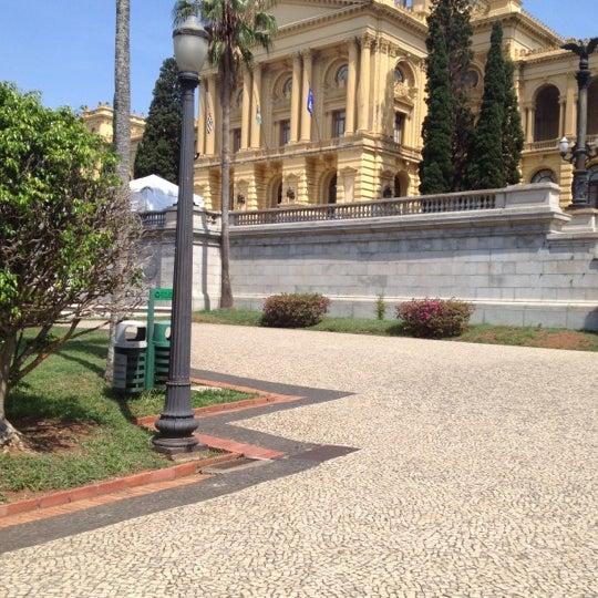 Das Foto wurde bei Museu Paulista von Diana am 10/27/2012 aufgenommen