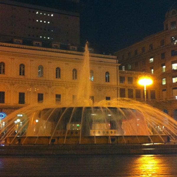 Foto scattata a Piazza de Ferrari da Милена Д. il 1/29/2013