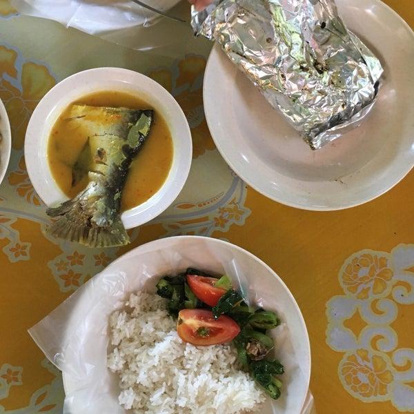 Photo taken at MABIQ Restaurant by Maijannah on 1/15/2017