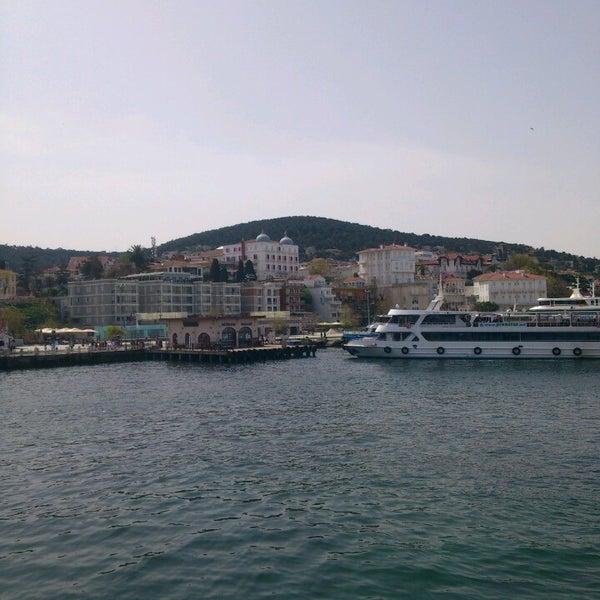 Photo taken at Büyükada Mavi Marmara Motor İskelesi by Nedim T. on 4/6/2013