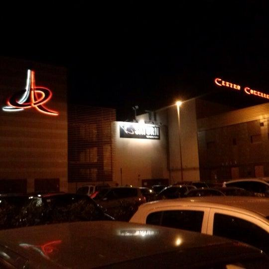 Foto scattata a Centro Commerciale Parco Leonardo da Saretta R. il 10/21/2012