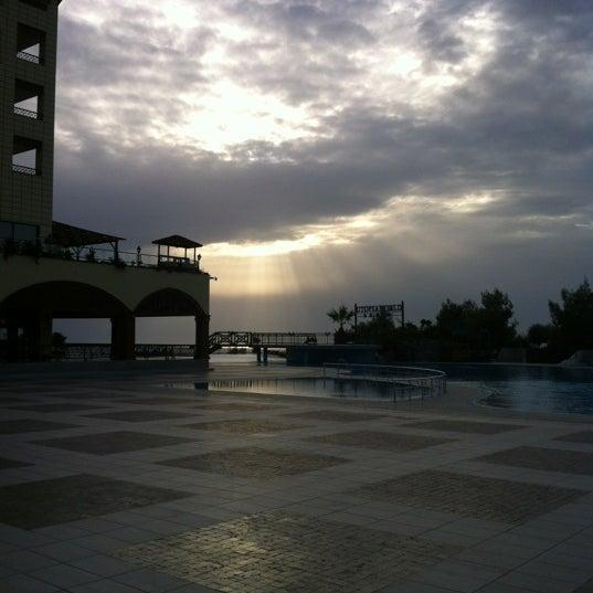 11/2/2012 tarihinde Köyer Can D.ziyaretçi tarafından Utopia World Hotel'de çekilen fotoğraf