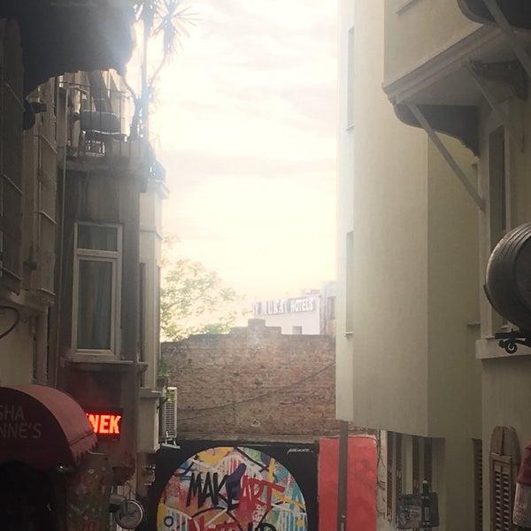 4/30/2017 tarihinde ırmakziyaretçi tarafından Pan Karaköy'de çekilen fotoğraf