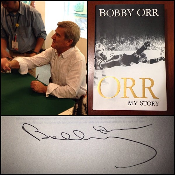 Photo taken at Barnes & Noble by David T. on 10/21/2013