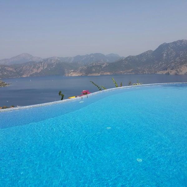 Foto scattata a Loca Hotel da Damla il 9/17/2017