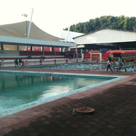 Alberca la loma pool for Alberca 8 de julio