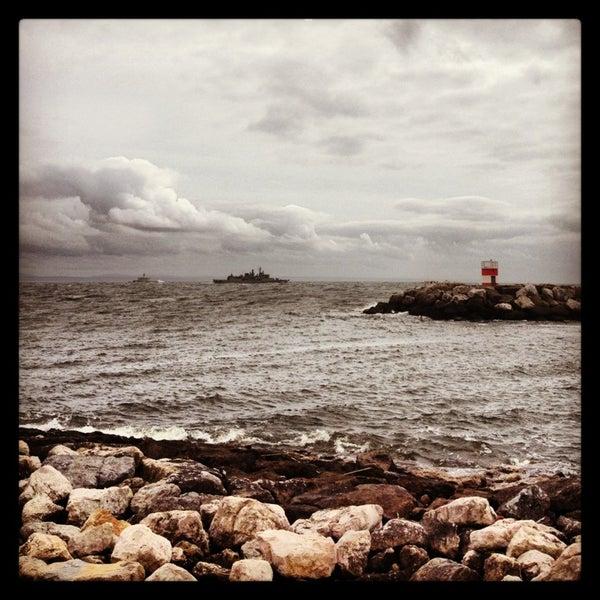 Foto tirada no(a) Porto de Recreio de Oeiras por Lisbonlovers em 3/21/2013