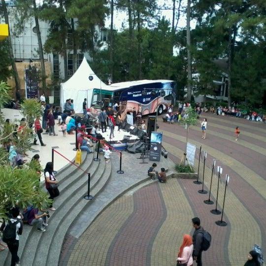 Photo taken at Cihampelas Walk (CiWalk) by Rikky Mahesa I. on 10/26/2012