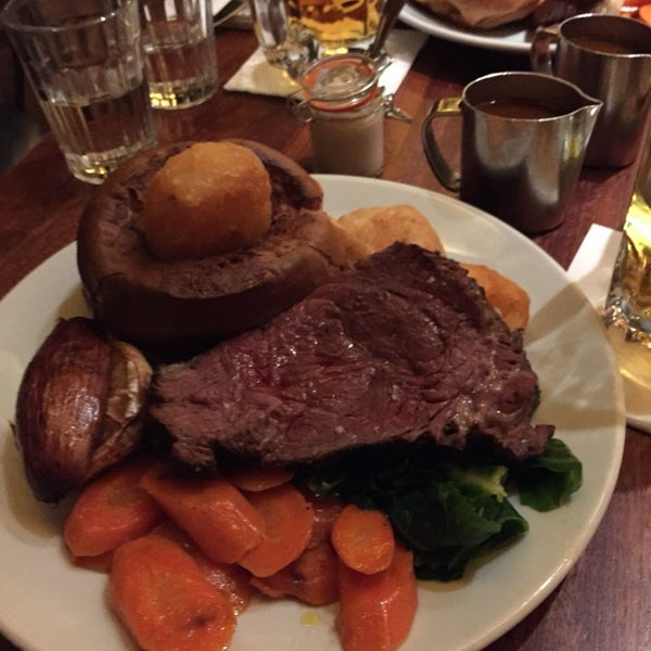Best Steak in London. Amazing staff. Very cosy location. The roast dinner on Sunday is sensational and at just £19.50 is an absolute bargain.