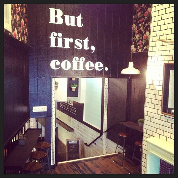 Photo prise au Alfred Coffee & Kitchen par Joshua Z. le1/24/2013