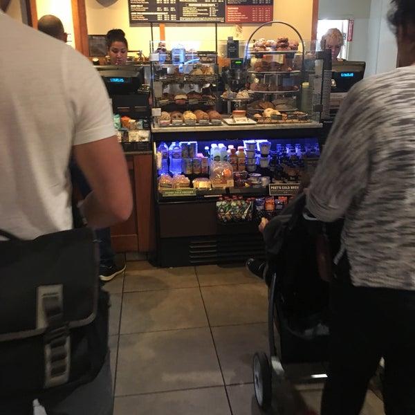Photo taken at Peet's Coffee & Tea by Frank R. on 10/23/2017