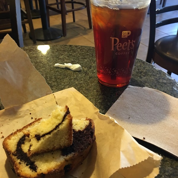 Photo taken at Peet's Coffee & Tea by Frank R. on 10/6/2017