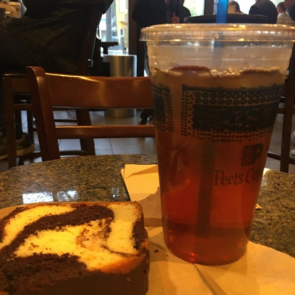 Photo taken at Peet's Coffee & Tea by Frank R. on 8/15/2017
