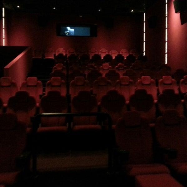 7/26/2013 tarihinde Defne Ç.ziyaretçi tarafından Cinemaximum'de çekilen fotoğraf