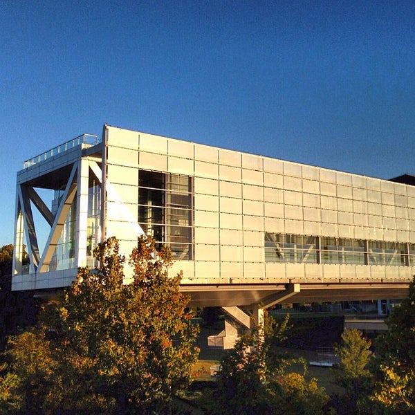 Foto tomada en William J. Clinton Presidential Center and Park por Daniel H. el 10/23/2012