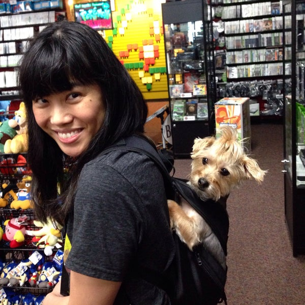 Photo taken at Game Over Videogames by AzyxA on 8/15/2016