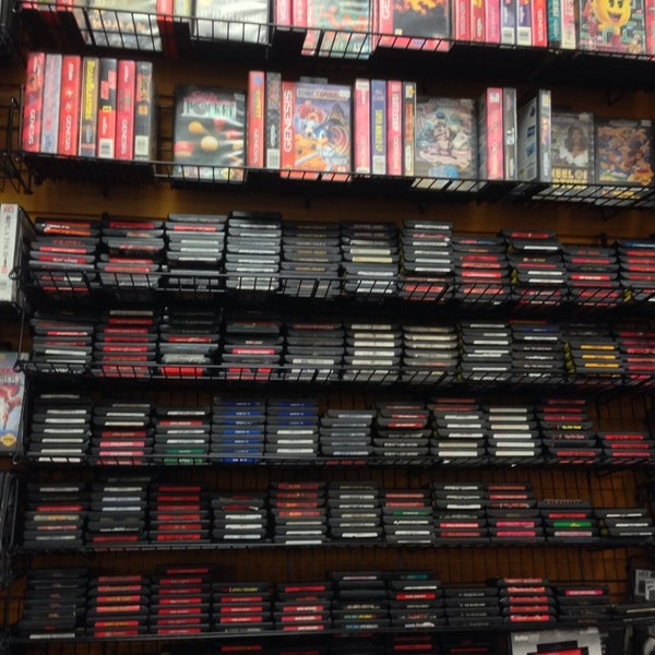 Photo taken at Game Over Videogames by AzyxA on 4/5/2014