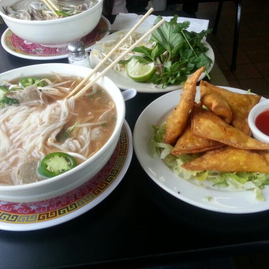 Pho asian noodle house grill vietnamese restaurant in for Asian cuisine and pho
