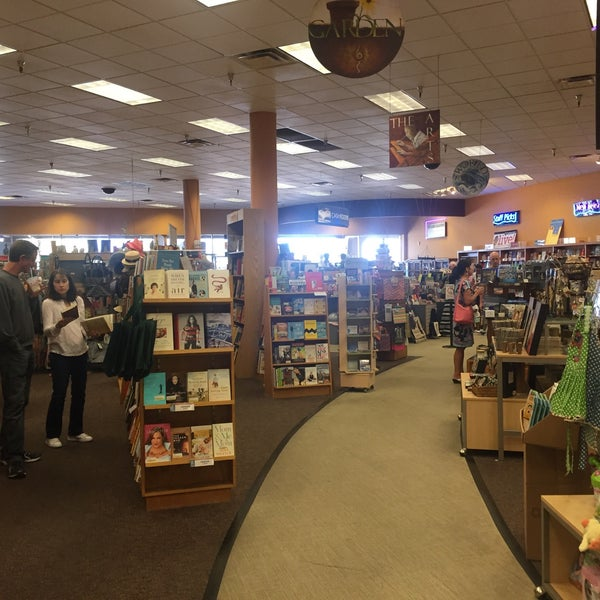 Photo taken at Changing Hands Bookstore by Guy D. on 3/13/2016