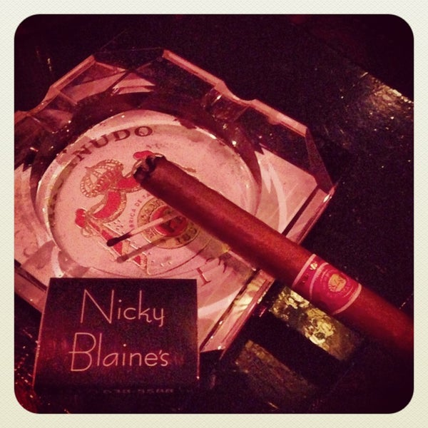 Photo taken at Nicky Blaine's Cocktail Lounge by Dennis R. on 1/27/2013
