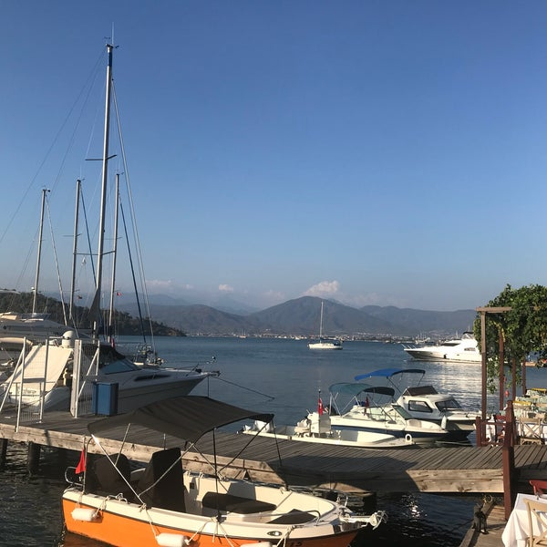 7/25/2018 tarihinde Elçinziyaretçi tarafından Fethiye Yengeç Restaurant'de çekilen fotoğraf