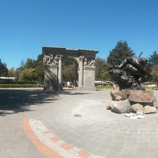 Foto tomada en Parque El Ejido por Alexis S. el 9/6/2014