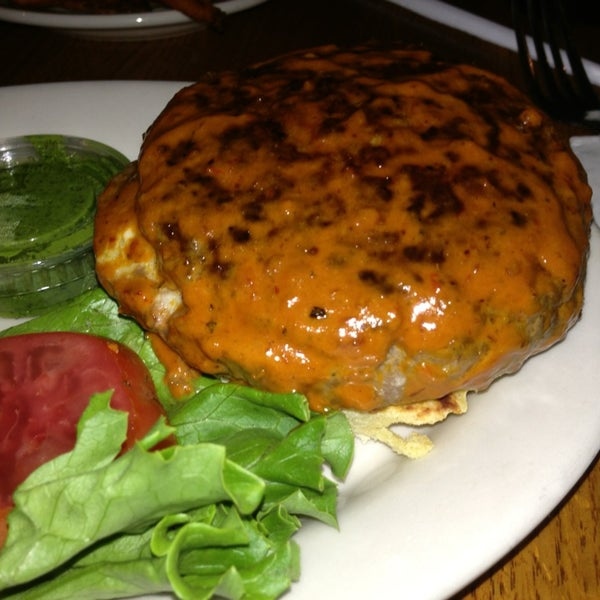 Photo taken at Ray's Hell Burger by Kunal on 5/31/2013