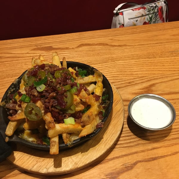 Photo taken at Chili's Grill & Bar by Neil S. on 6/18/2017