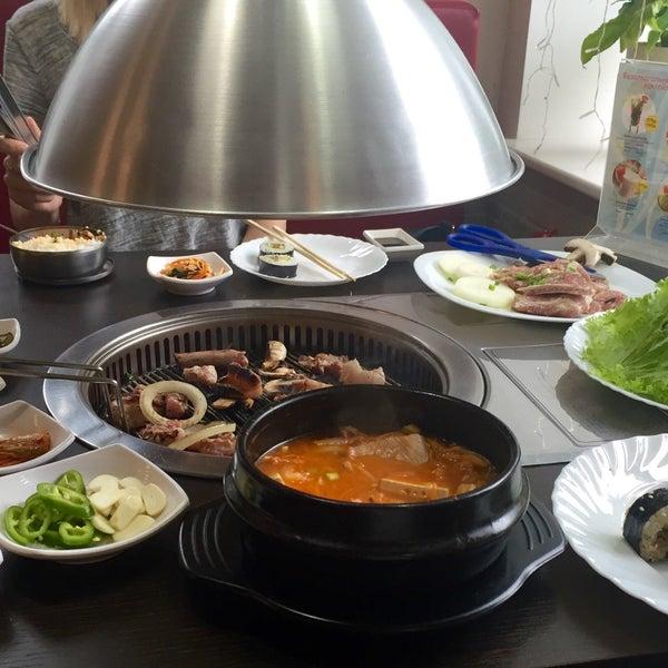 Снимок сделан в Korean BBQ гриль пользователем Natalia S. 8/4/2016