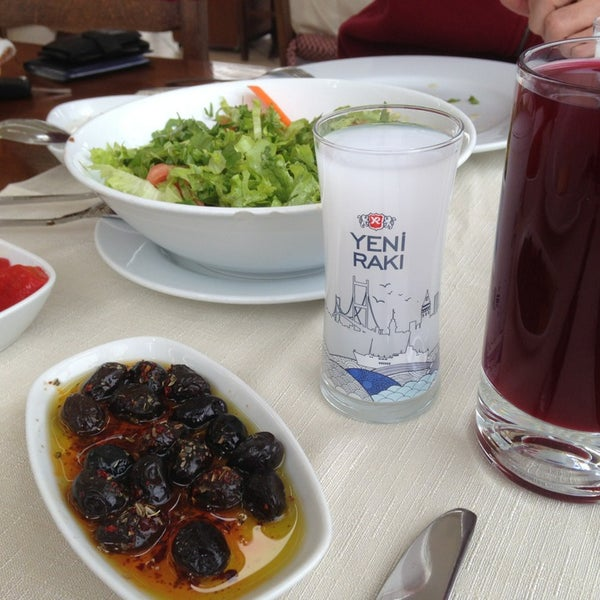 2/18/2013 tarihinde 'Cihan S.ziyaretçi tarafından İyot Restaurant'de çekilen fotoğraf